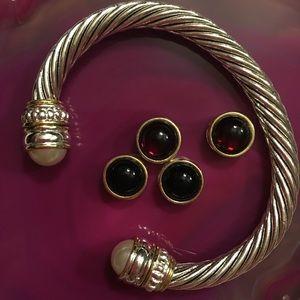 Jewelry - Silver bracelet